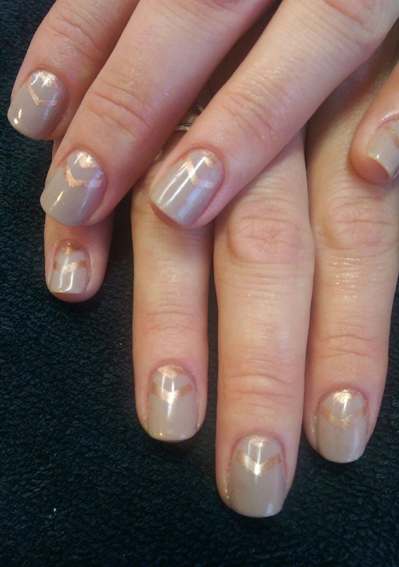 Shellac custom designed manicure