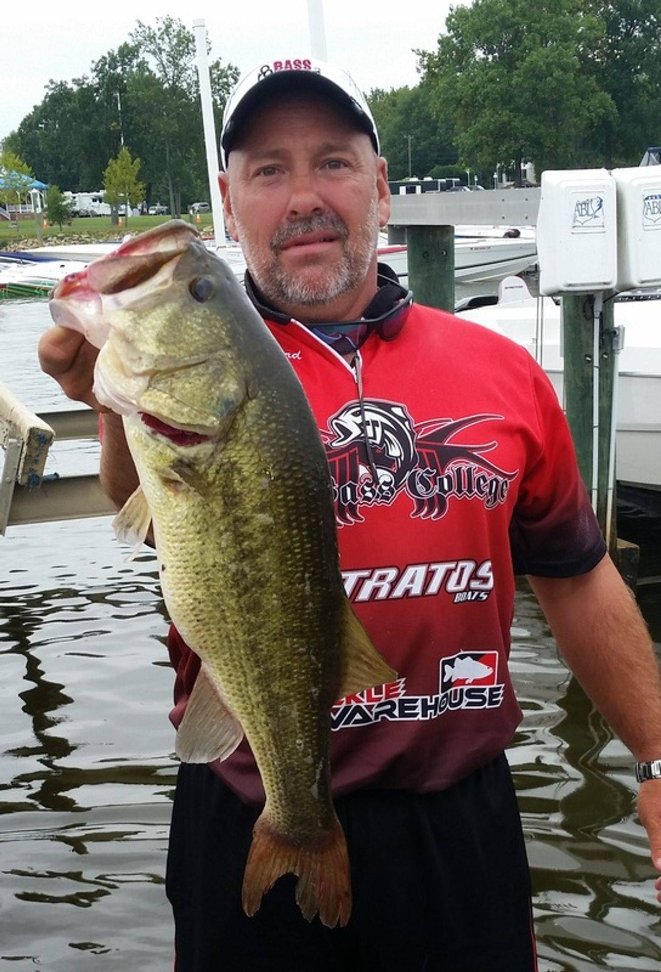 Mike Ward Skeetermbass fishing tips and videos, bass fishing reports, bass fishing tackle