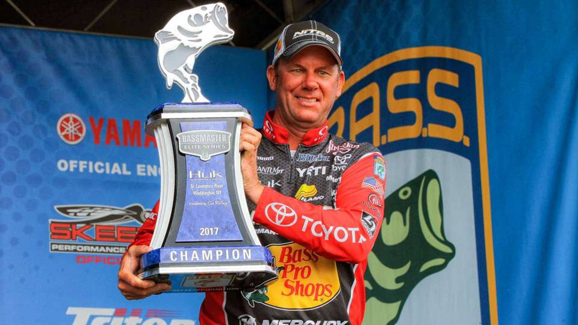 Steve filming at Elite,bass fishing tips and videos, bass fishing reports, bass fishing tackle
