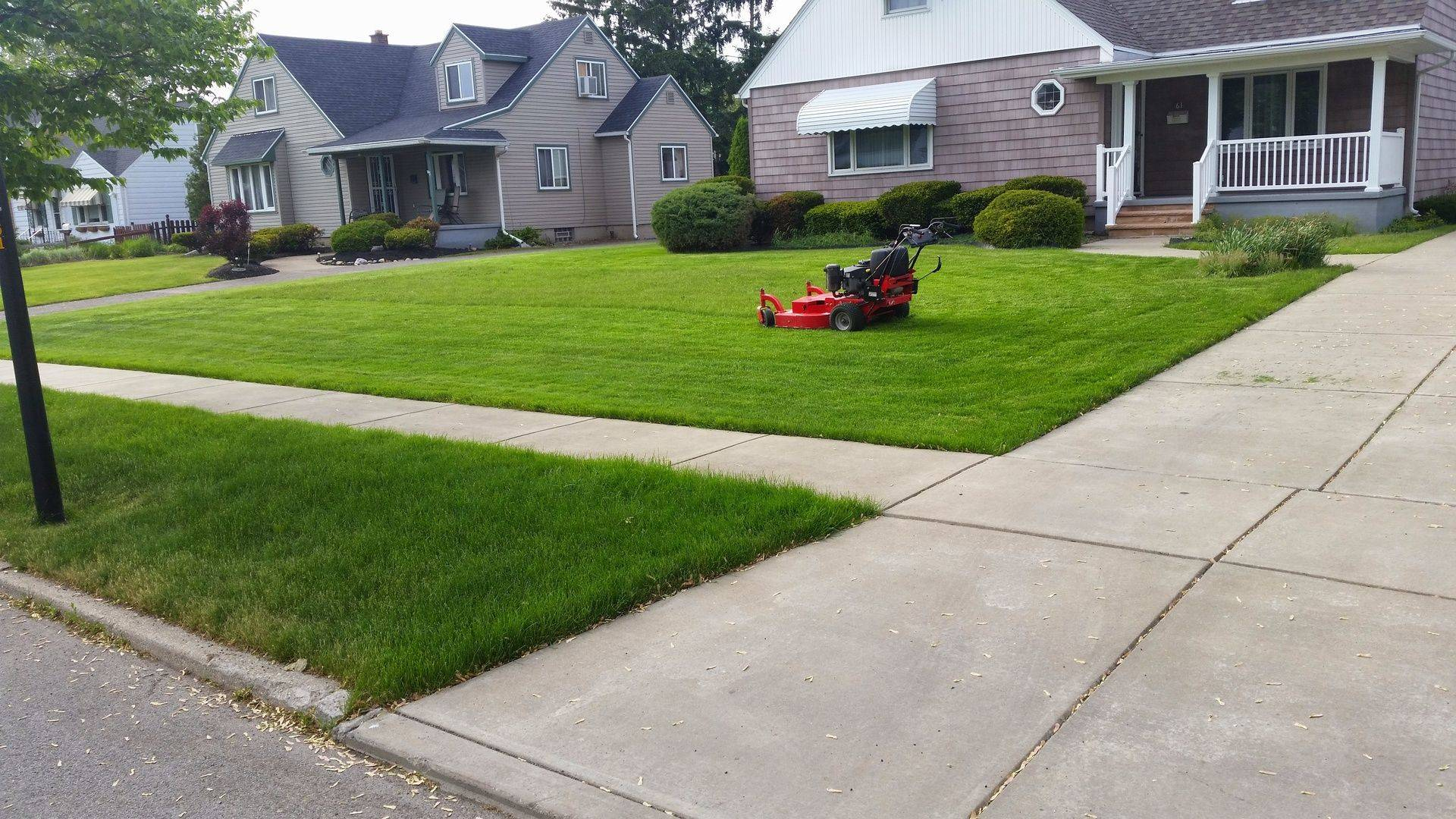 lawn cutting Yard Barber Lawn Service LLC