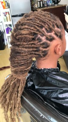 Braids By Bee recommends all natural dreadlock clients get InstantLoc Dread Extensions added to there Locs to secure them from breaking and keep on the growth. It also helps keep them neat longer.