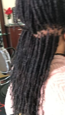 Repair thin Sisterlocs that are naturally breaking with Bee's Instantlocs Dread Extensions method.