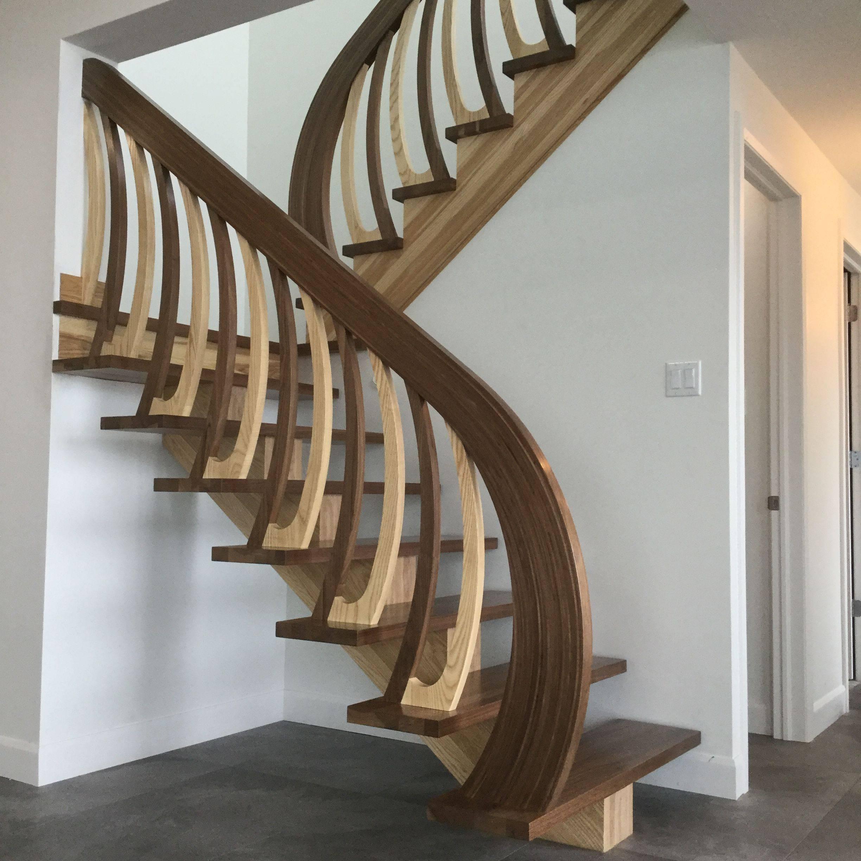 Escalier noyer et frêne