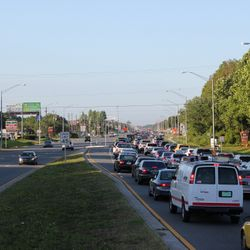 Dale Mabry in Carrollwood: morning rush hour...