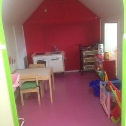 Onze poppenkamer is een heel speelhuis!