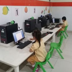 K1-K2 Computer as extracurricular activity
