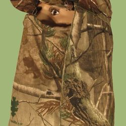 Camouflage face cover facemask for hunting