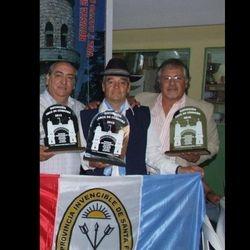 CHANGO FUNES, LITO CARMONA Y JAUN CARLOS TABORDA RECITADORES