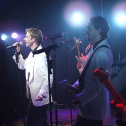 Onstage with Chesney Hawkes: Can't Smile Without You (Aug - Nov 2008)