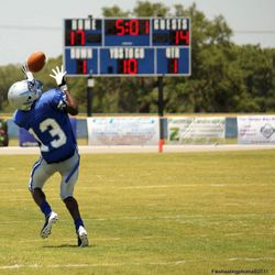 Dondre Daley making a touchdown during a blue&white game May 20,2011