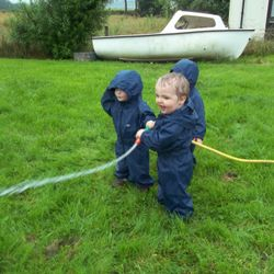 Having a splashing time!