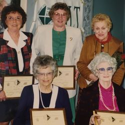 1998 Women In History Lillian Hart (TL), Nyla Musser* receiving for Arlene Brown (TM), Betty Epstein (TR), Tiny Gile (BL), Gladys Olson (BR)