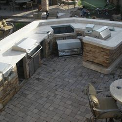 Outdoor Kitchen (BBQ Island Model #4