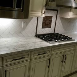 Backsplash Installaion & Design