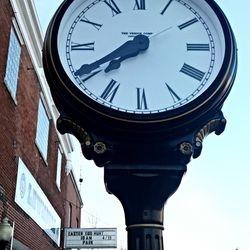 Lewisburg Clock