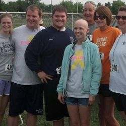 Madison County EMD Running Team at the 2013 Fearless 5k.