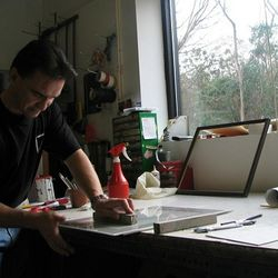 Polishing frame glass