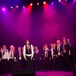 Take a bow! Representing women's barbershop singing at MTLacappella festival.