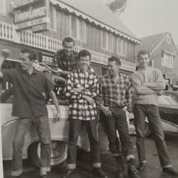 Fredolf Johnson 1959 (3rd from right)