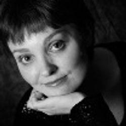Emily Williams (Pianist/Music Director