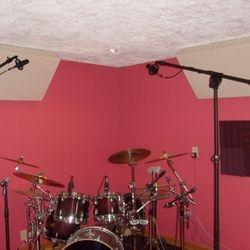 Dedicated Drum Room at Play It Again Demos