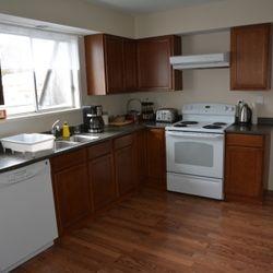 Orca suite kitchen