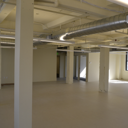 Huge open area for the new tenant