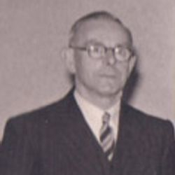 Siah Pratt: 1944-1956