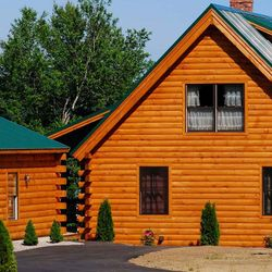 Log & Cedar Home Restoration & Refinishing