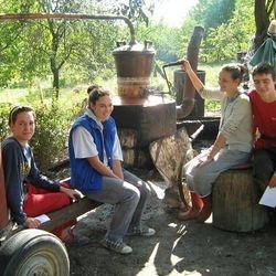 22.9. - podela prikupljenih sredstava deci iz hraniteljske poridice Rović (Vera, Elvis, Marija i Ljiljana)