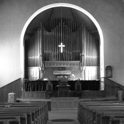 After the fire of 1908, Andrew Carnegie donated the M.P. Mooler organ which boasts 604 pipes with two manuals of 36 white keys each.