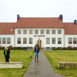 Till vänster: Thomas Kjellgren, Helena Zeberg som ledde och utformade projektet. Till höger: Emil från Ad lumen.