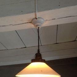 Den klassiska skomakarlampan. Har alltid funnits.