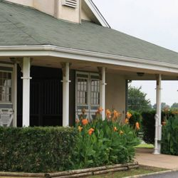 Entrance Show Barn