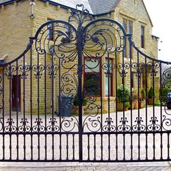 Gates, Fences & Facia Sprayed