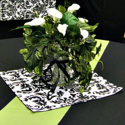 Cylinder vase with cala lily