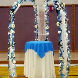 "Cinderella Gazebo - 30"" round cabaret cake table"
