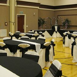 Tuscan Arch Package - food service area