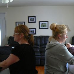 Students exchanging Reiki Level 1 sessions at Cedar Cove Wellness Cobourg ON