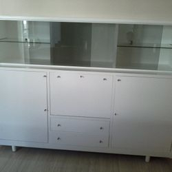 after furniture spray painting