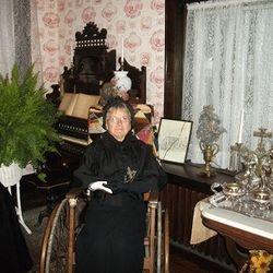 Madelon Callen as The Widow Annie Sutton.