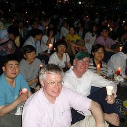 Lay missionaries and ordained Columbans joining Vigil for the Migrants workers cause In Korea.