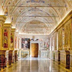 Cris Roman Guide - Cristina Giannicchi - Vatican Tour