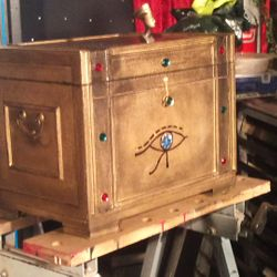Pharaoh Production Chest