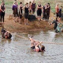 Dirt wars rope crossing