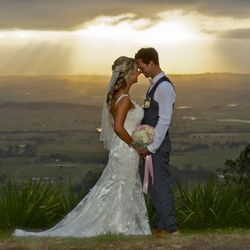 Brooke & Zane's Raison wedding- 24/10/15 at Heritage Winery Mount Tamborine