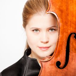 Victoria Harrild (cello)
