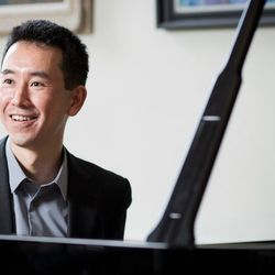 Hiroaki Takenouchi (Piano)