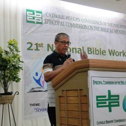 Bishop Bancud mentioning the points for reflection of the recollection