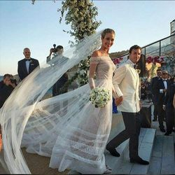 Valentino dress for the Wedding Ceremony of the 5 million wedding in Mykonos and Victoria Secret top supermodel